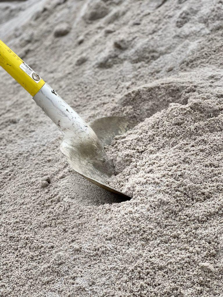písek křemičitý